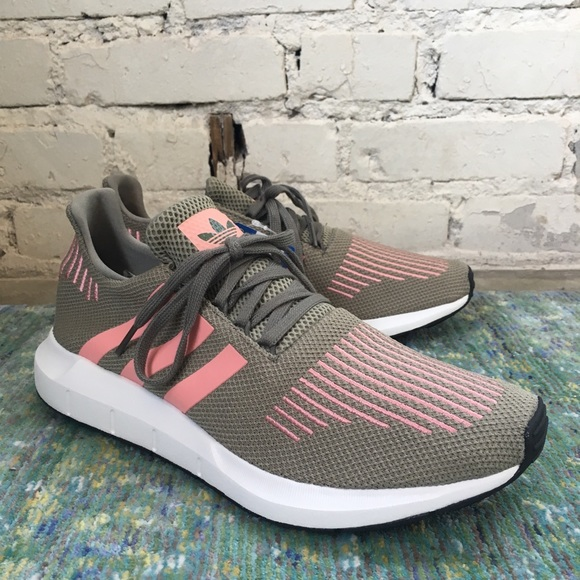 23cd394a3 NWT Adidas Swift Run in Steel Trace Pink